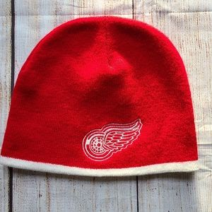 Detroit Red Wings Miller Lite Red Winter Hat